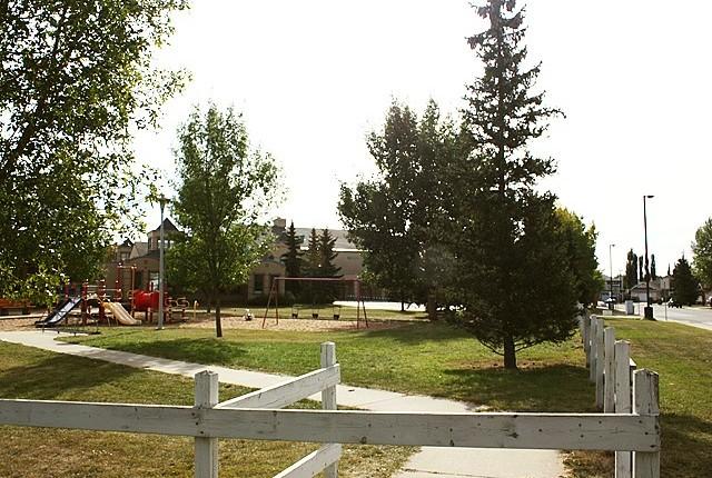 Neighborhood Profile: Jamieson Place